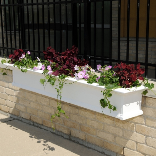 8827-W-Yorkshire 7' Window Box White-LS(2)